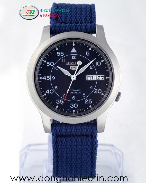 Đồng Hồ SEIKO 5 SNK807K1- Với mặt đồng hồ tròn kim loại mờ